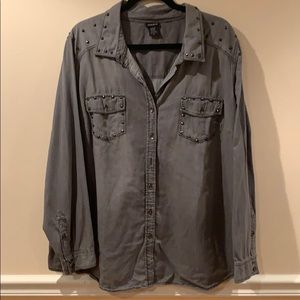 Sz 3 Grey Wash Studded Torrid Button Up